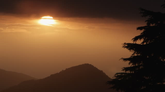ms sunset in foothills of himalayan mountains / himalayan, india - foothills stock videos & royalty-free footage