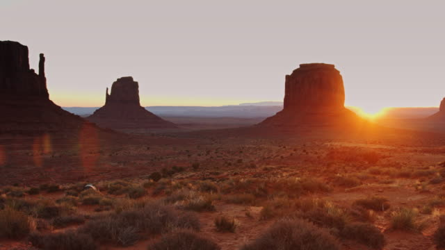 sunset in monument valley - monument valley stock videos & royalty-free footage