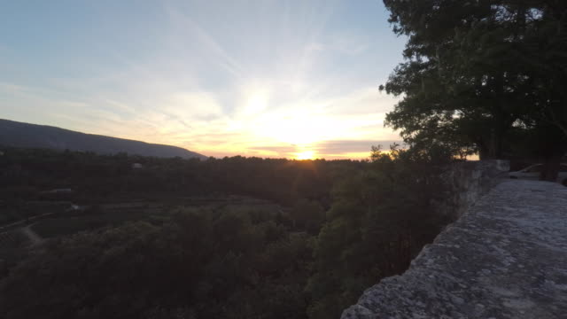 sunset in provence - luberon video stock e b–roll