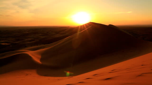 sunset in the sand dunes of the gobi desert - dramatic sky stock videos & royalty-free footage