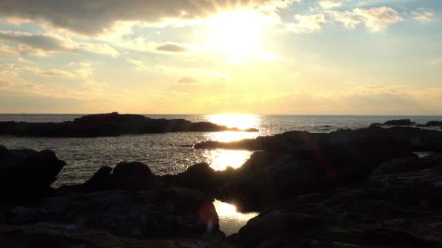 stockvideo's en b-roll-footage met zonsondergang oceaan - plusphoto