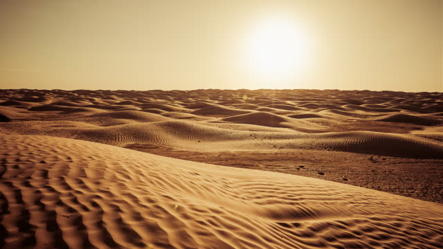 sunset on sahara desert / grand erg oriental / tunisia - arid climate stock videos and b-roll footage