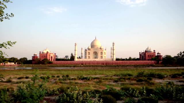 Sunset on the backside of the Taj Mahal.
