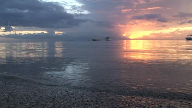 HD: Sunset on the beach