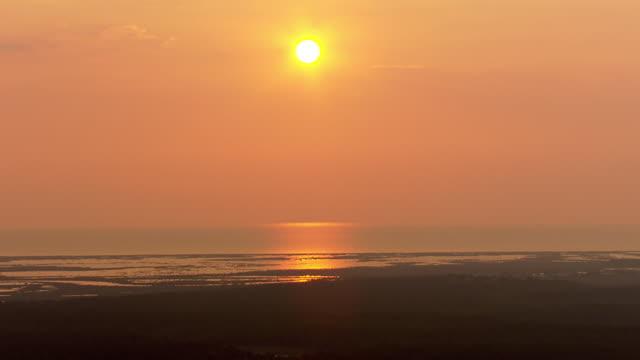 Sunset over Lake Pontchartrain / United States