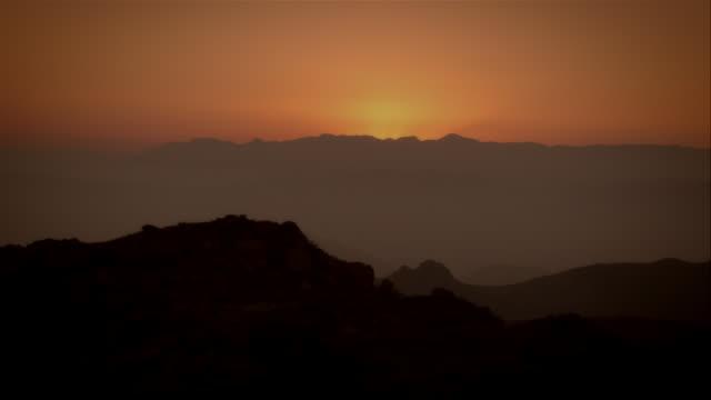 pan, sunset over mountains, malibu mountains, california, usa - malibu stock videos & royalty-free footage