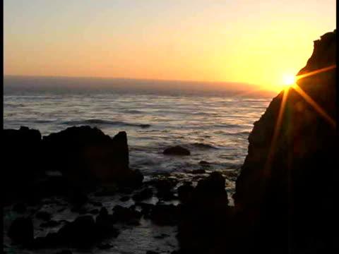 stockvideo's en b-roll-footage met ms, sunset over ocean, big sur, california, usa - plate met stilstaande achtergrond
