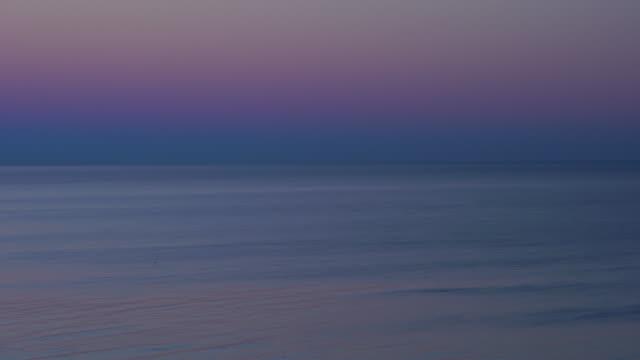 Sunset over Praia da Marinha, Algarve, Atlantic Ocean, Portugal, Europe