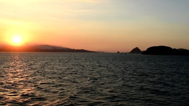 vidéos et rushes de coucher du soleil au-dessus de la péninsule de nicoya - beauté de la nature