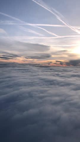 飛行機から見た夕日空 - 内部点の映像素材/bロール