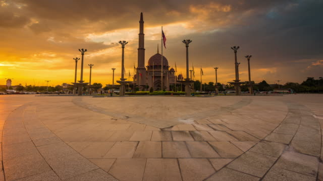 sunset time lapse at a mosque in malaysia - putrajaya stock videos & royalty-free footage