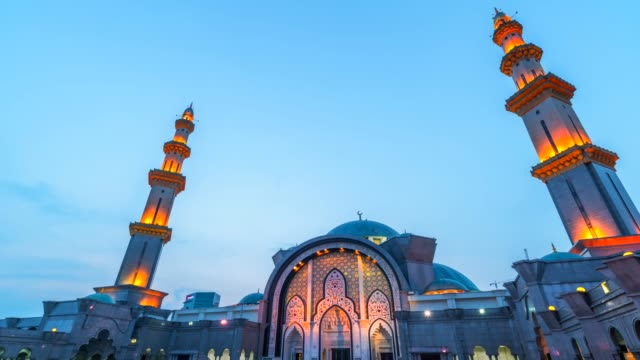 sunset time lapse at the federal mosque or wilayah mosque of kuala lumpur - arabesque stock videos & royalty-free footage