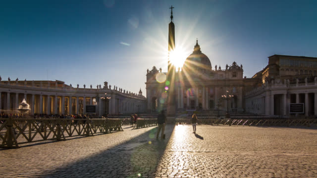 stockvideo's en b-roll-footage met sunset timelapse of the obelisk's shadow passing over the saint peter's square. rome, italy. april, 2016. - obelisk