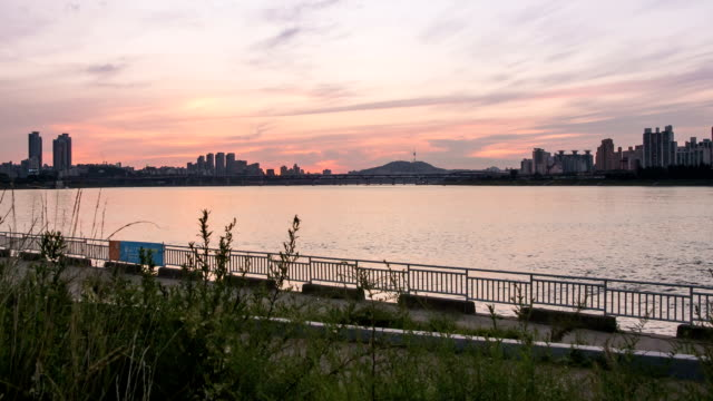 sunset to night view of the han river - sunset to night stock videos & royalty-free footage