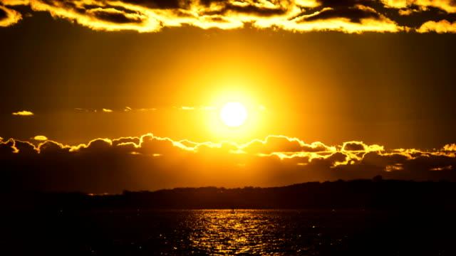 vídeos de stock e filmes b-roll de pôr-do-sol - rhode island