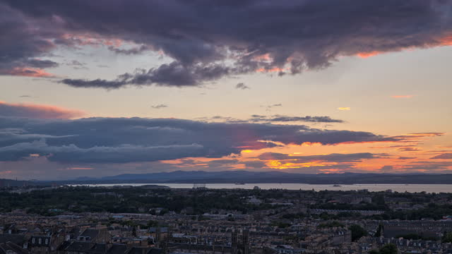 sunset view in calton hill / edinburgh, scotland, united kingdom - ridge stock videos & royalty-free footage