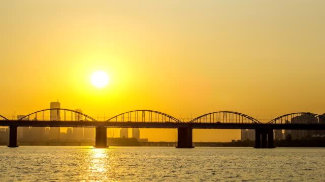 Sunset view of Dongjakdaegyo Bridge and Han River