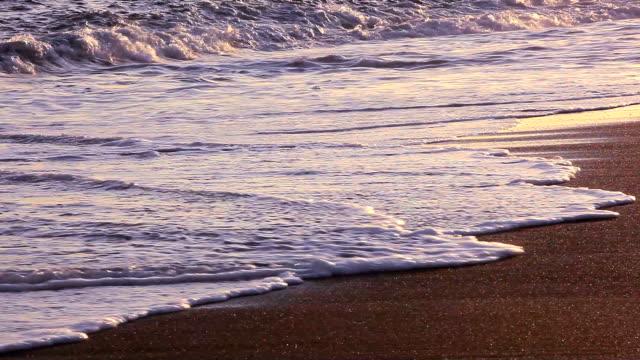 tramonto d'onda - plusphoto video stock e b–roll