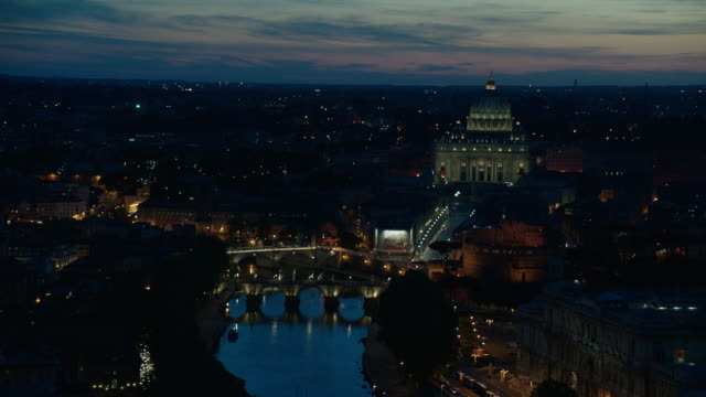stockvideo's en b-roll-footage met sunset/night aerial rome, italy, numerous views; gorgeous sky - rome italië