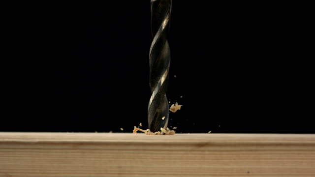 HD Super Slow-motion: Foratura in legno