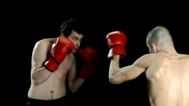vídeos y material grabado en eventos de stock de hd super cámara lenta: lucha club - puñetazo