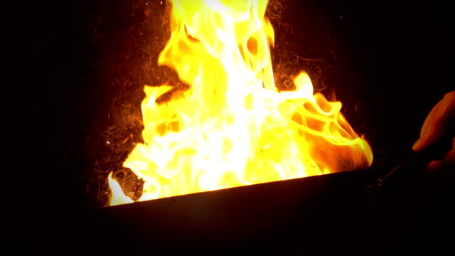 HD Super Slow-Mo: Flambeing
