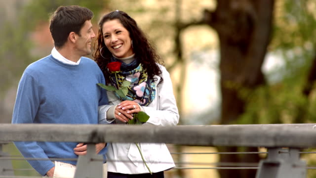 HD Super Slow-Mo: Happy Couple Having Romantic Walk