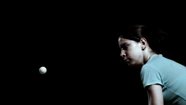 hd super slow-mo: young woman playing table tennis - bordtennis bildbanksvideor och videomaterial från bakom kulisserna