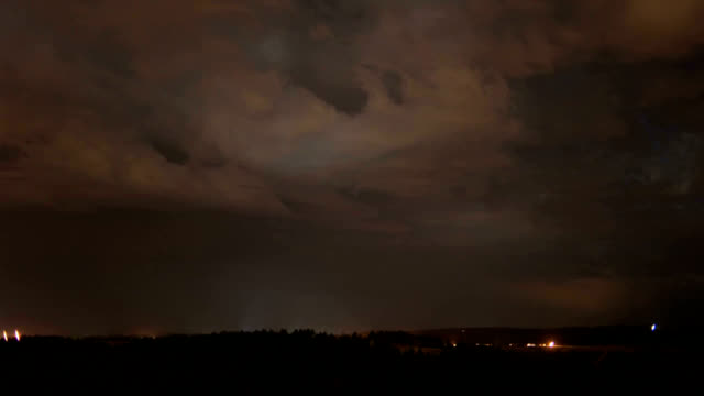 vídeos de stock e filmes b-roll de supercell storm at night, timelapse - rapid city