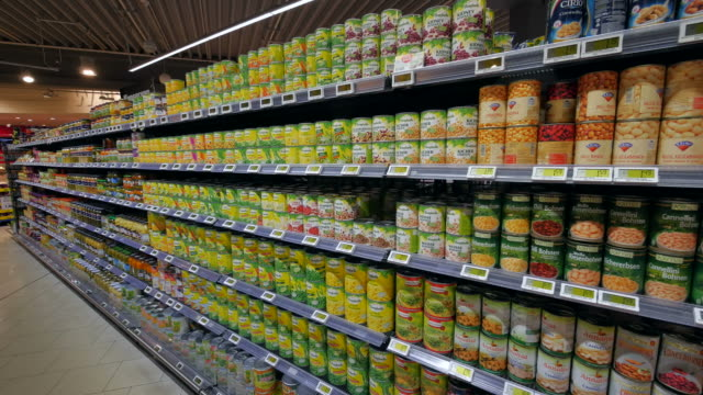 stockvideo's en b-roll-footage met supermarket aisle - shelf
