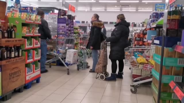 supermarket shelves are emptied as people prepare for the spread of coronavirus in berlin germany on march 14 2020 - corona stock-videos und b-roll-filmmaterial