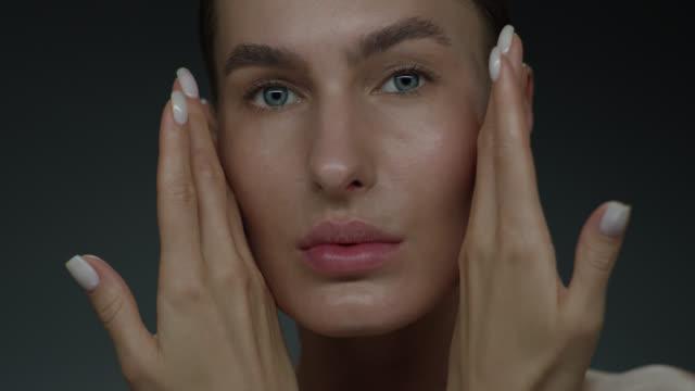 supermodel face closeup. fashion video. make-up - mascara stock videos & royalty-free footage