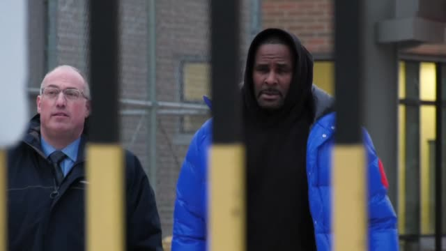 superstar r. kelly who pleaded not guilty to 10 counts of aggravated criminal sex abuse walks out of jail after posting bail - r. kelly stock videos & royalty-free footage