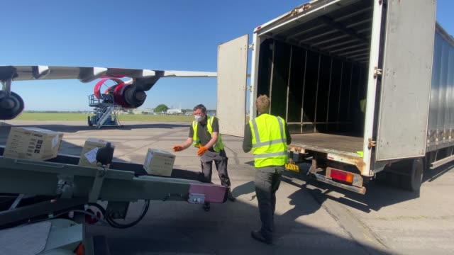 supplies arrive at bournemouth international airport from kuala lumpur, malaysia on may 06, 2020 in bournemouth, england. the airbus 340 bearing the... - kuala lumpur stock videos & royalty-free footage