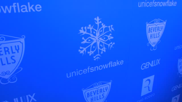 supporter monique coleman to light the unicef snowflake at snow90210 at the unicef supporter monique coleman to light the unicef snowflake at... - monique coleman stock videos & royalty-free footage