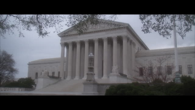 ms, supreme court building, washington dc, usa, - oberstes bundesgericht der usa stock-videos und b-roll-filmmaterial