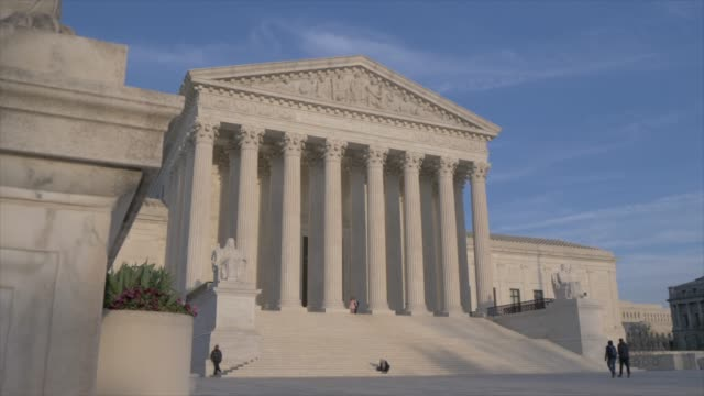 supreme court of the united states, washington dc, united states of america, north america - oberstes bundesgericht der usa stock-videos und b-roll-filmmaterial