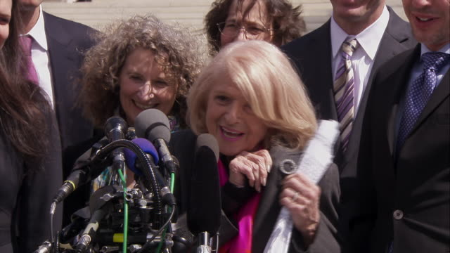vídeos y material grabado en eventos de stock de supreme court stakeout - edie windsor plaintiff reaction to doma arguments edie 12:48:51 in 1967 we were driving in a car and she said what would you... - human rights or social issues or immigration or employment and labor or protest or riot or lgbtqi rights or women's rights