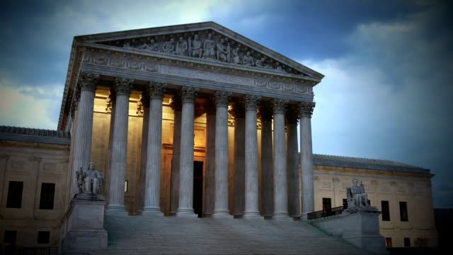 stockvideo's en b-roll-footage met us supreme court time lapse - gerechtsgebouw