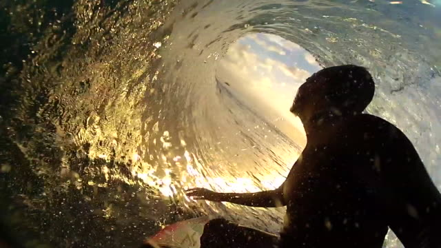 vídeos de stock, filmes e b-roll de surfing in indonesia. - slow motion - 1920x1080 - arrebentação