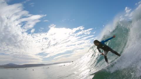 stockvideo's en b-roll-footage met surfen - surf