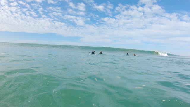 vidéos et rushes de surf - écume