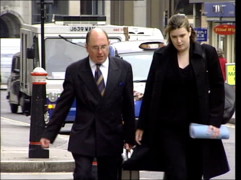 Surgeon charged with manslaughter ITN London Surgeon Steven Walker accused of manslaughter of two patients along to court PAN