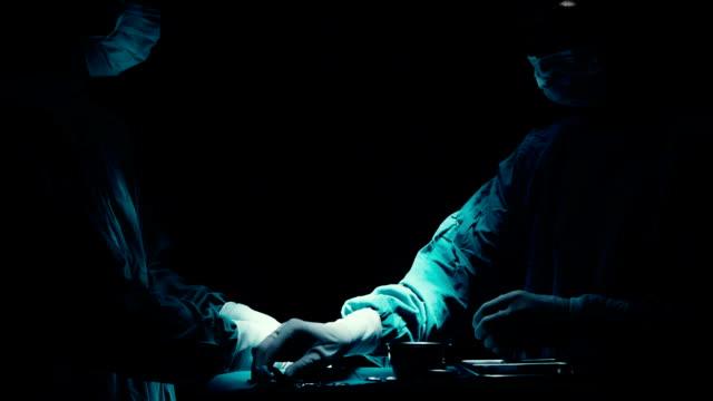 stockvideo's en b-roll-footage met chirurgie - operatiekamer