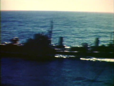 aerial surrendering japanese warships at sea tokyo bay japan - 1940~1949年点の映像素材/bロール