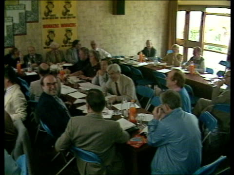 surrey woodstock college rushes 7.5.83 gv labour party/union meeting l-r head table with union officials and roy hattersley, labour home affairs... - spokesman stock videos & royalty-free footage