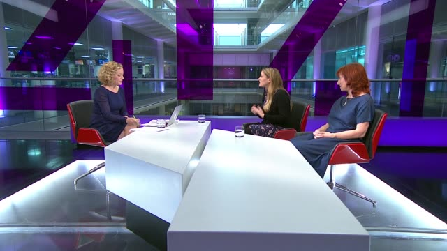 vídeos de stock, filmes e b-roll de survey highlights the issue of workplace sexual harrassment england london gir int laura bates and catherine hakim live studio discussion on the... - cathy newman