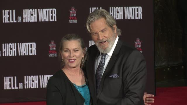 Susan Bridges Jeff Bridges at Jeff Bridges places his Handprints and Footprints in Cement in Los Angeles CA