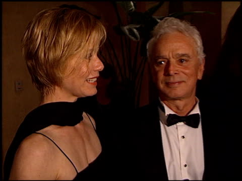 stockvideo's en b-roll-footage met susan dey at the 1998 producers guild of america awards at the beverly hilton in beverly hills california on march 3 1998 - producers guild of america