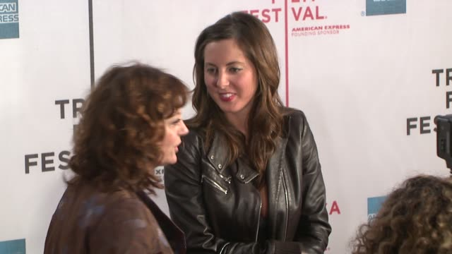vidéos et rushes de susan sarandon and eva amurri at the speed racer premiere at the 7th annual tribeca film festival at borough of manhattan community college / tribeca... - collège communautaire